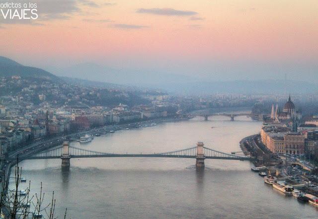 puentes sobre el danubio en budapest