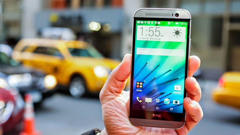Like The HTC One M8 Wallpaper? Here's How to Download It