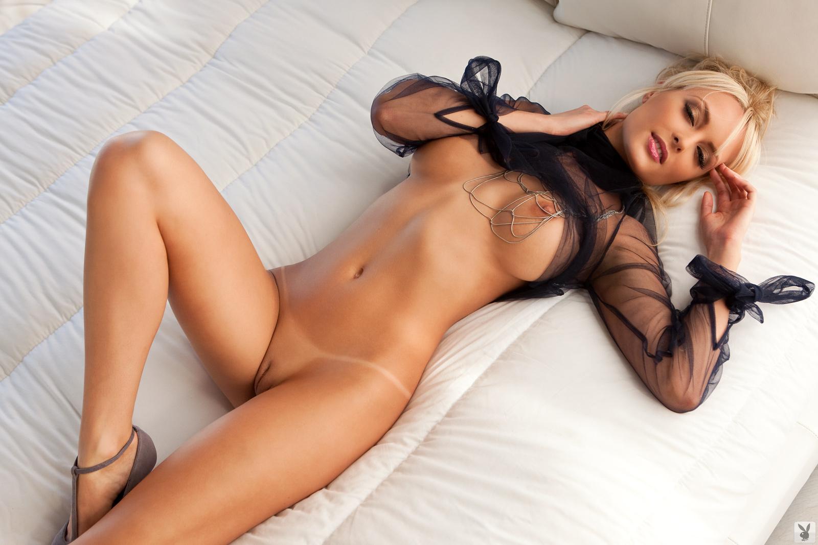 Самые голые красивые красавица 10 фотография