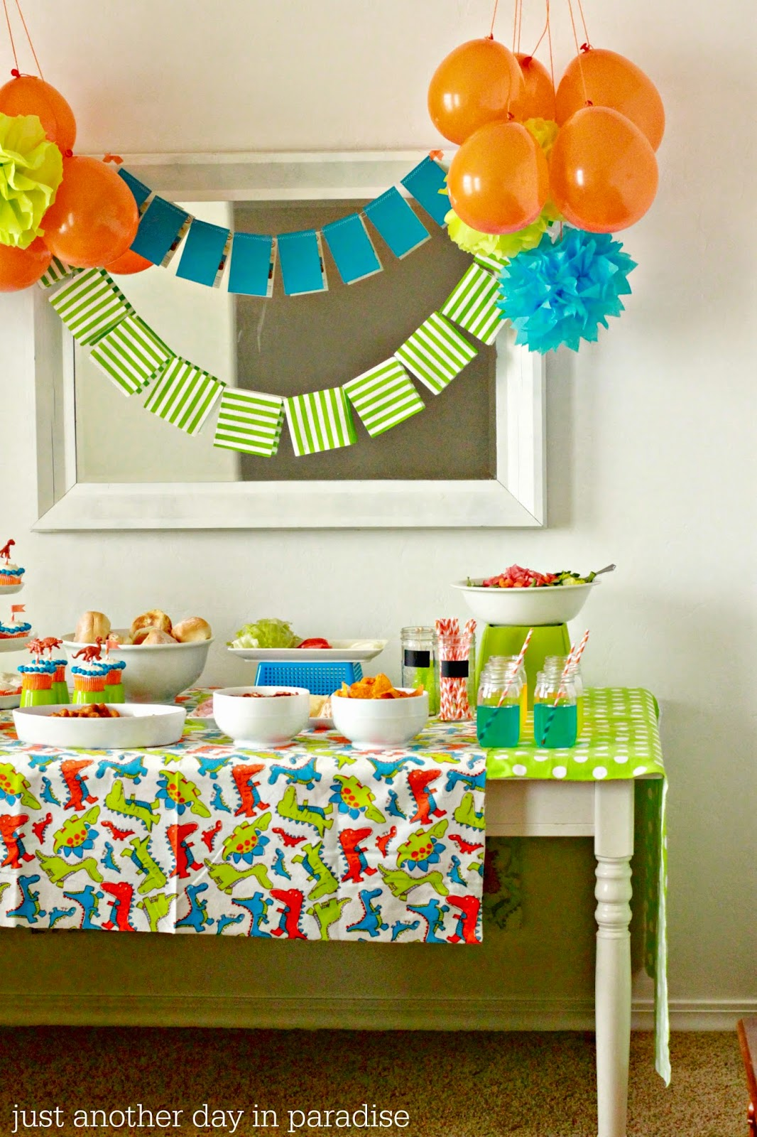 Larissa Another Day: Simple Dinosaur Birthday Party