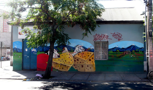 graffiti street art in yungay, santiago de chile