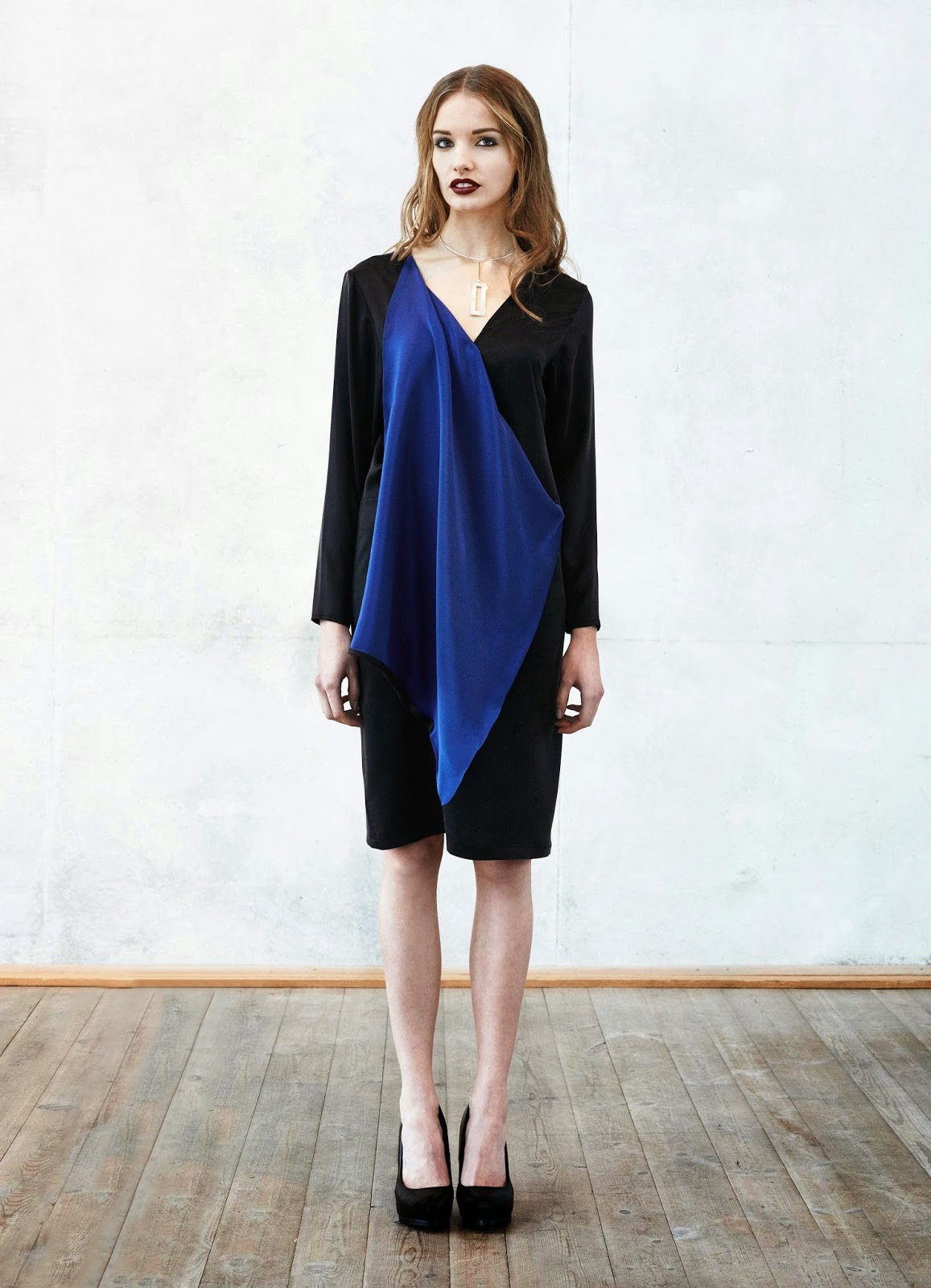 draped dress, draped shift dress