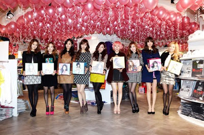 Foto Terbaru SNSD di Lotte Pop Up Store 01