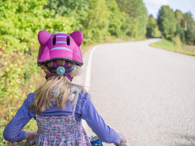 pyöräilemään opettelu viisivuotias 5 v ilman apupyöriä