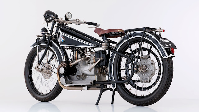 BMW R 32, 1923 rear