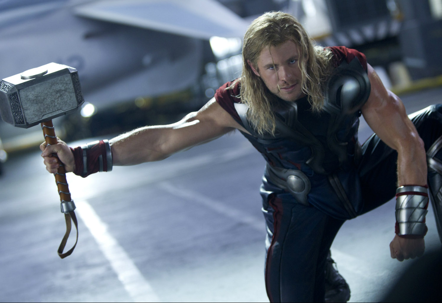 http://1.bp.blogspot.com/-NWT0-ujVuAk/T62F2IOwrwI/AAAAAAAADZQ/IhErHHvGlWI/s1600/Marvel-The-Avengers-Movie-2012-HD-Wallpaper-Thor-The-God-of-Thunder-21.jpg