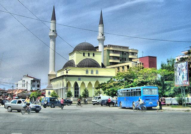 TRIGYY+COM+Mosque+in+Skoder+Albania+gambar+masjid+cantik+di+dunia+2 ...