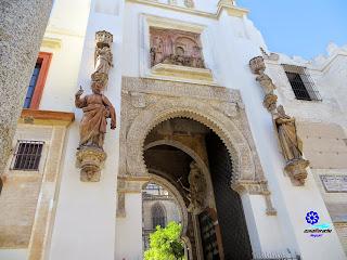 Sevilla - Puerta del Perdón de la Catedral - Detalles