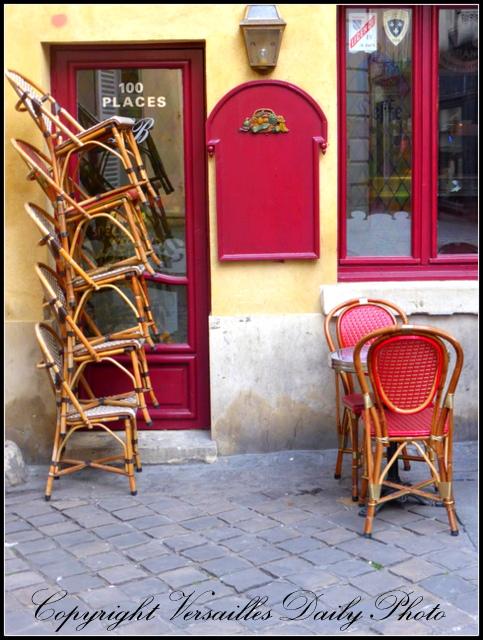 Caf Ef Bf Bd Miroir Rue Des Martyrs