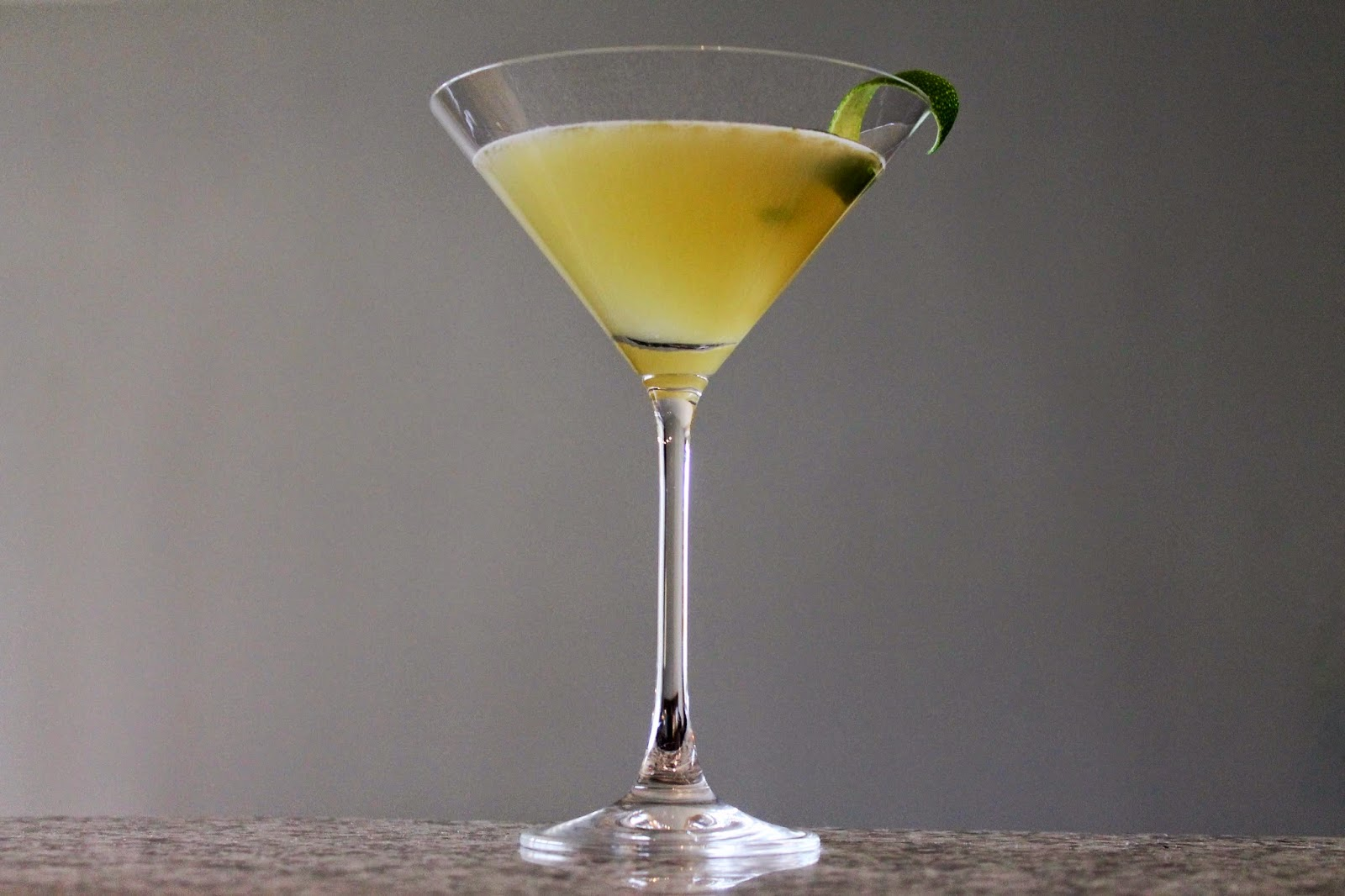 Cook In / Dine Out: Cocktail: Green Tea and Cucumber Gimlet