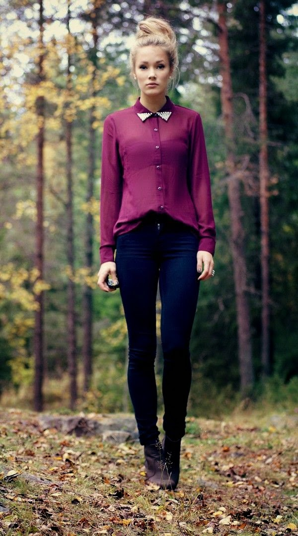 rhinestone jeweled Collar, magenta button up blouse, black skinny jeans, booties