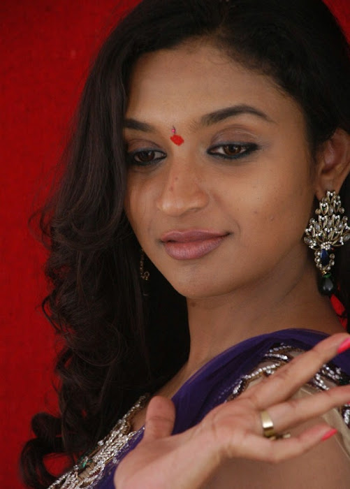 akshaya cute stills