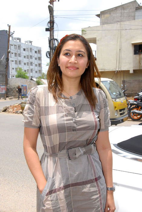 jwala gutta in public event cute stills