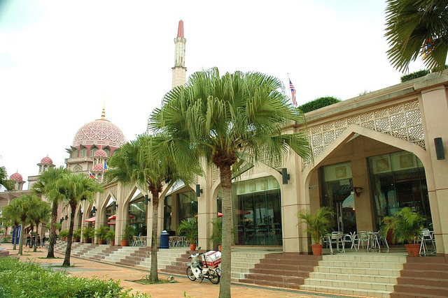 an interesting place in malaysia Malaysia top 10 highlights and attractions top 10 best tours best places to explore and visit in malaysia only the must-visits most popular to do's in one list.