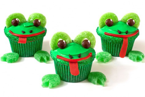 Frog Birthday Cupcakes