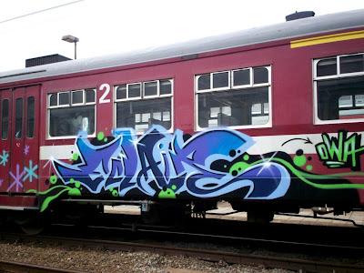 graffiti eclair