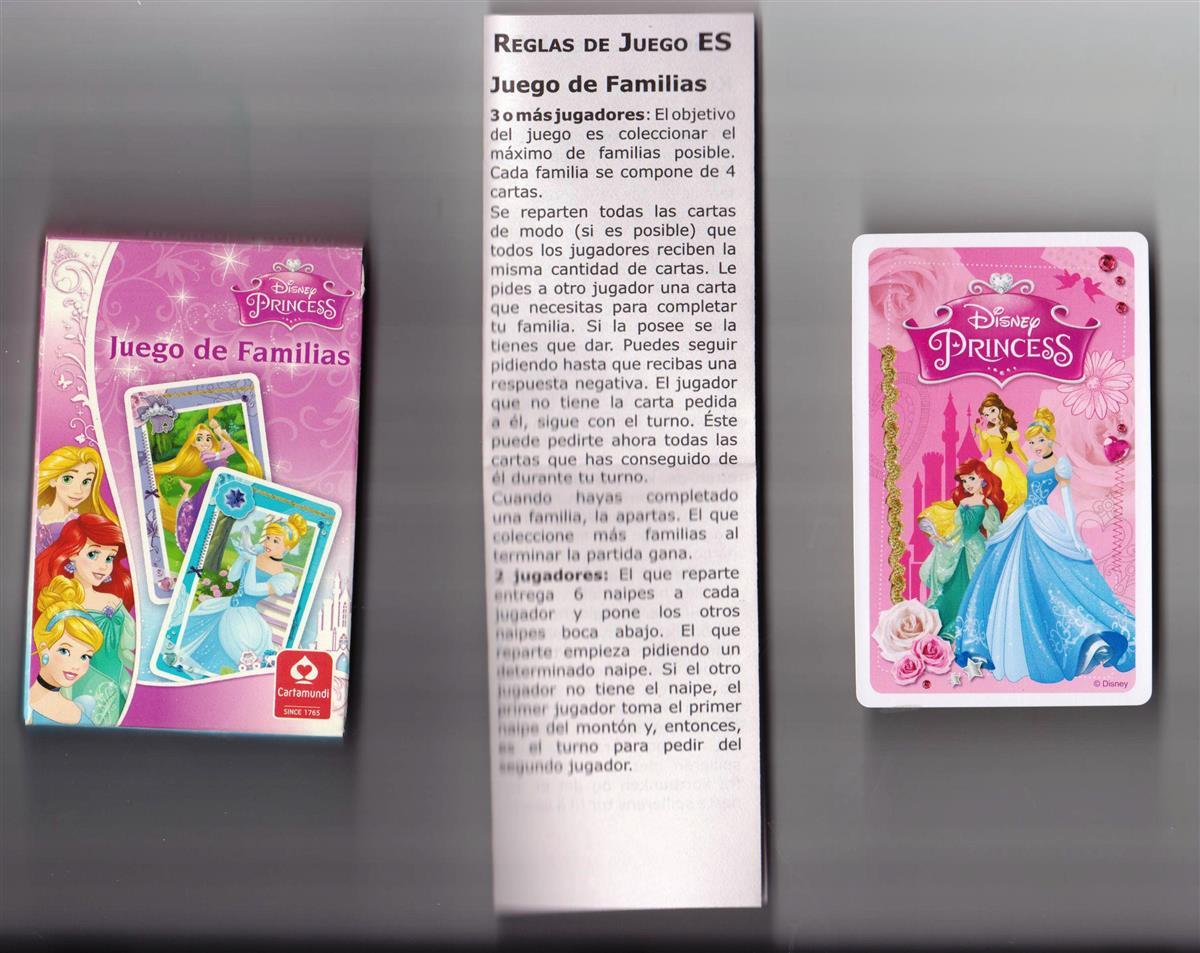 Cartamundi jugando a las cartas Cuarteto-Princesas de Disney.