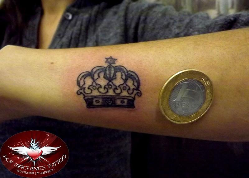 Tattoo coroa pequena title=