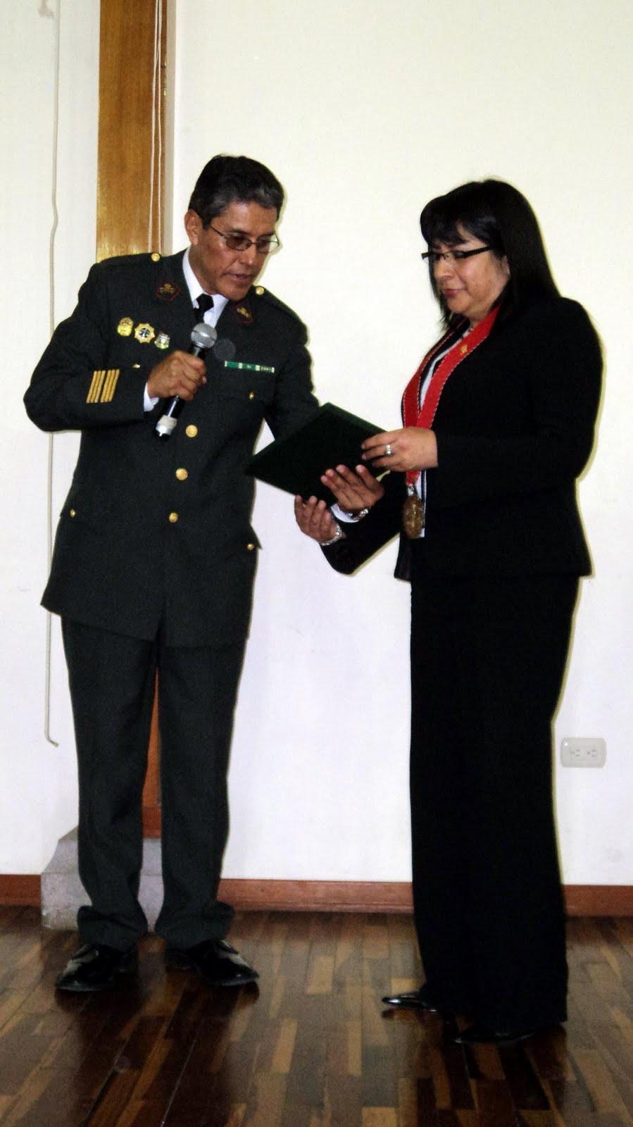 Moquegua noticias ministerio p blico recibe reconocimiento por el apoyo a la policia nacional for Ministerio policia nacional