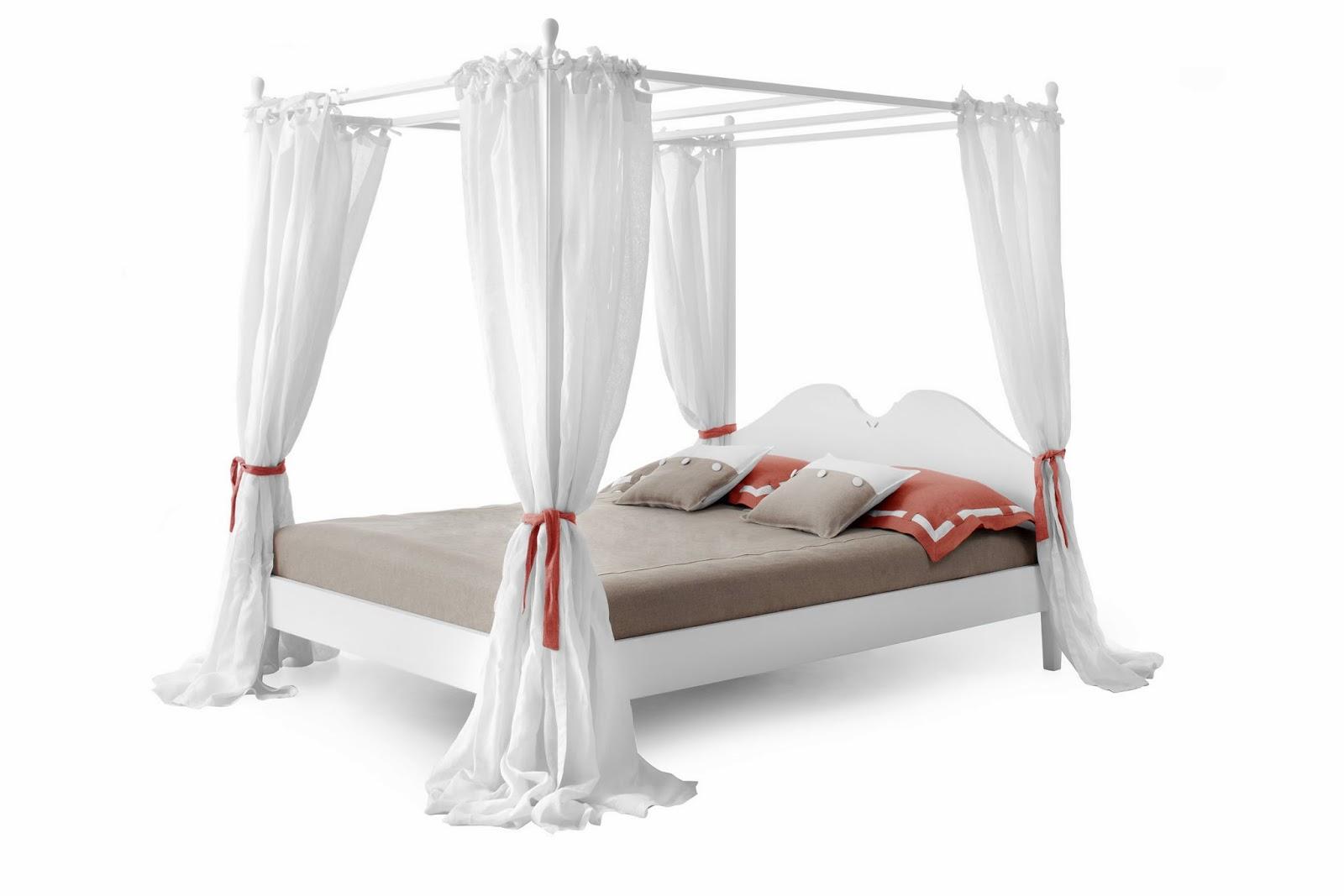 Minacciolo un romantico san valentino con il letto a - Letto romantico ...