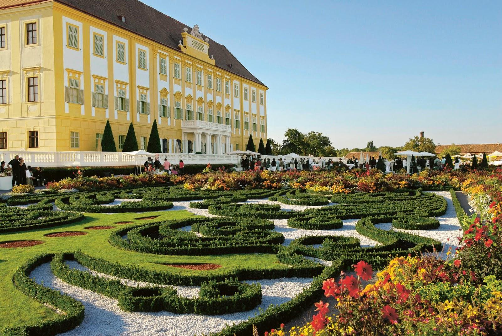Consejos para un viaje sin limites el palacio imperial for Jardines barrocos