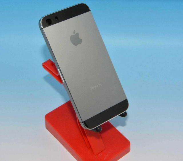 iPhone 5S có thêm phiên bản màu xám