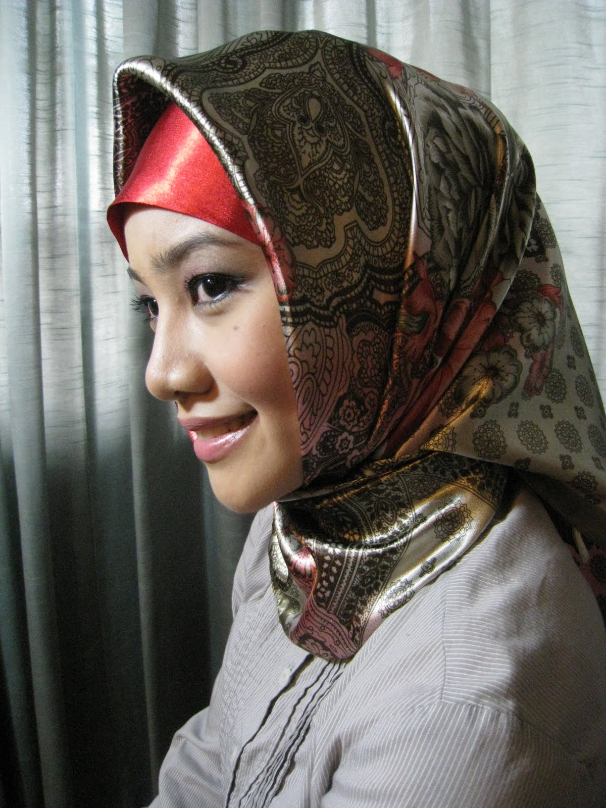Simply Shayana: Red Floral Hijab...RM45