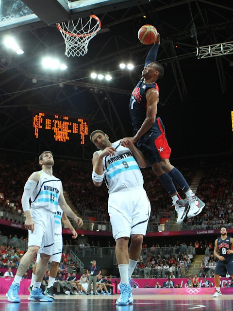 Westbrook USA dunk in London