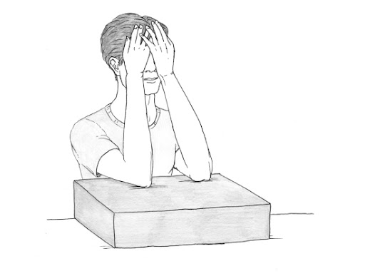 Упражнение за успокояване на очите със собствените длани