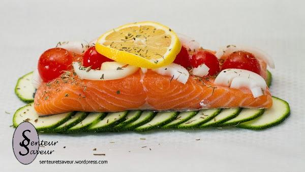 http://senteuretsaveur.wordpress.com/2013/04/25/saumon-en-papillote/