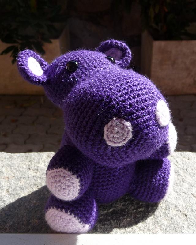 Hippo Amigurumi Patron : Le crochet, ce nest pas que pour ma Meme !: Georges ...