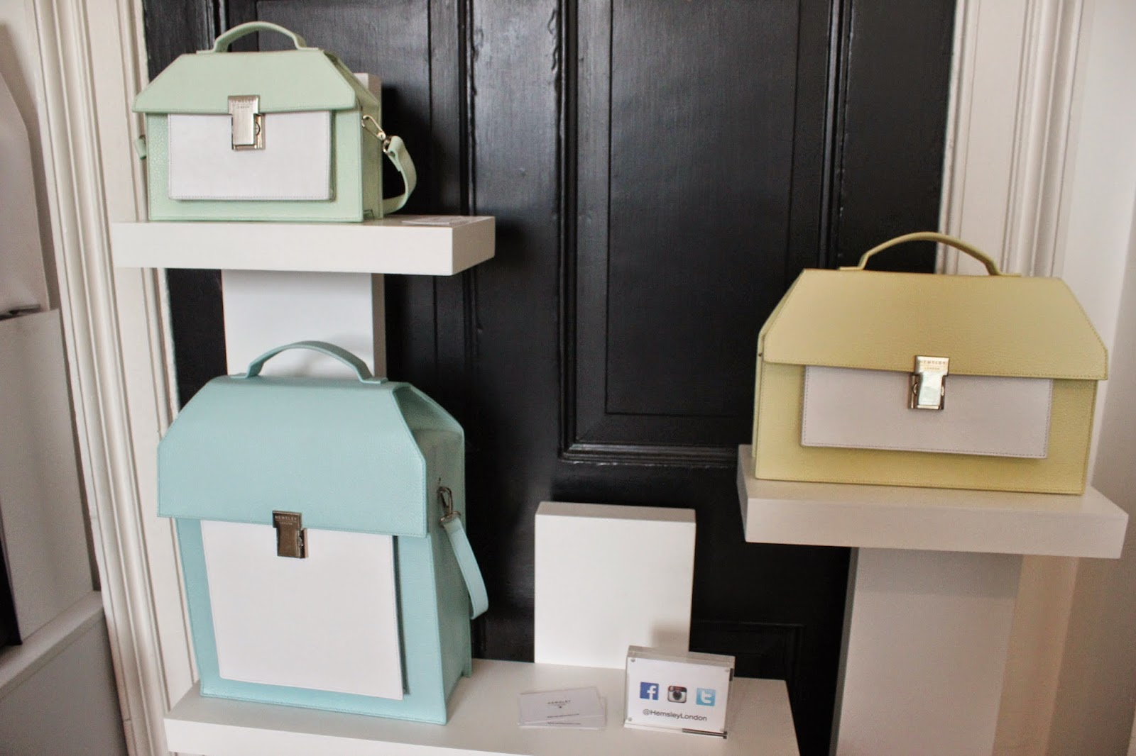 london-fashion-week-2014-lfw-spring-summer-2015-blogger-fashion-somerset-house-bags-accessories-hemsley