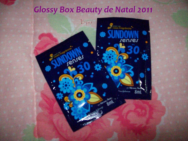 Amostra de protetor solar Sundown da Glossy Box Beauty Natal 2011