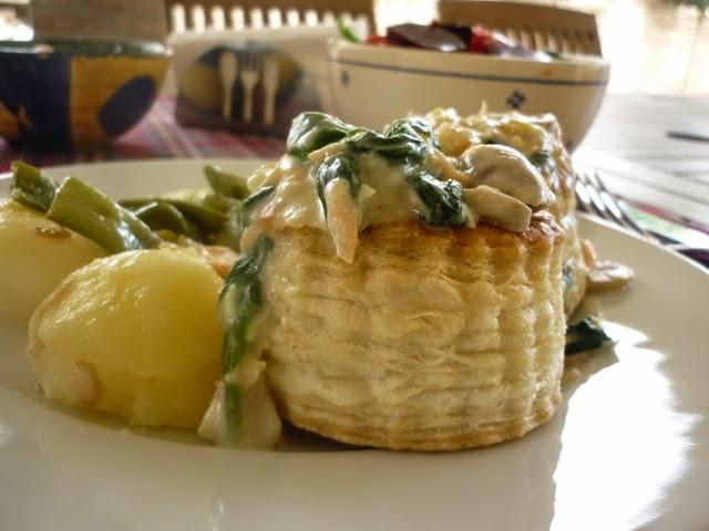 Mis recetas de cocina favoritas volov n relleno de salm n - Salmon con champinones ...