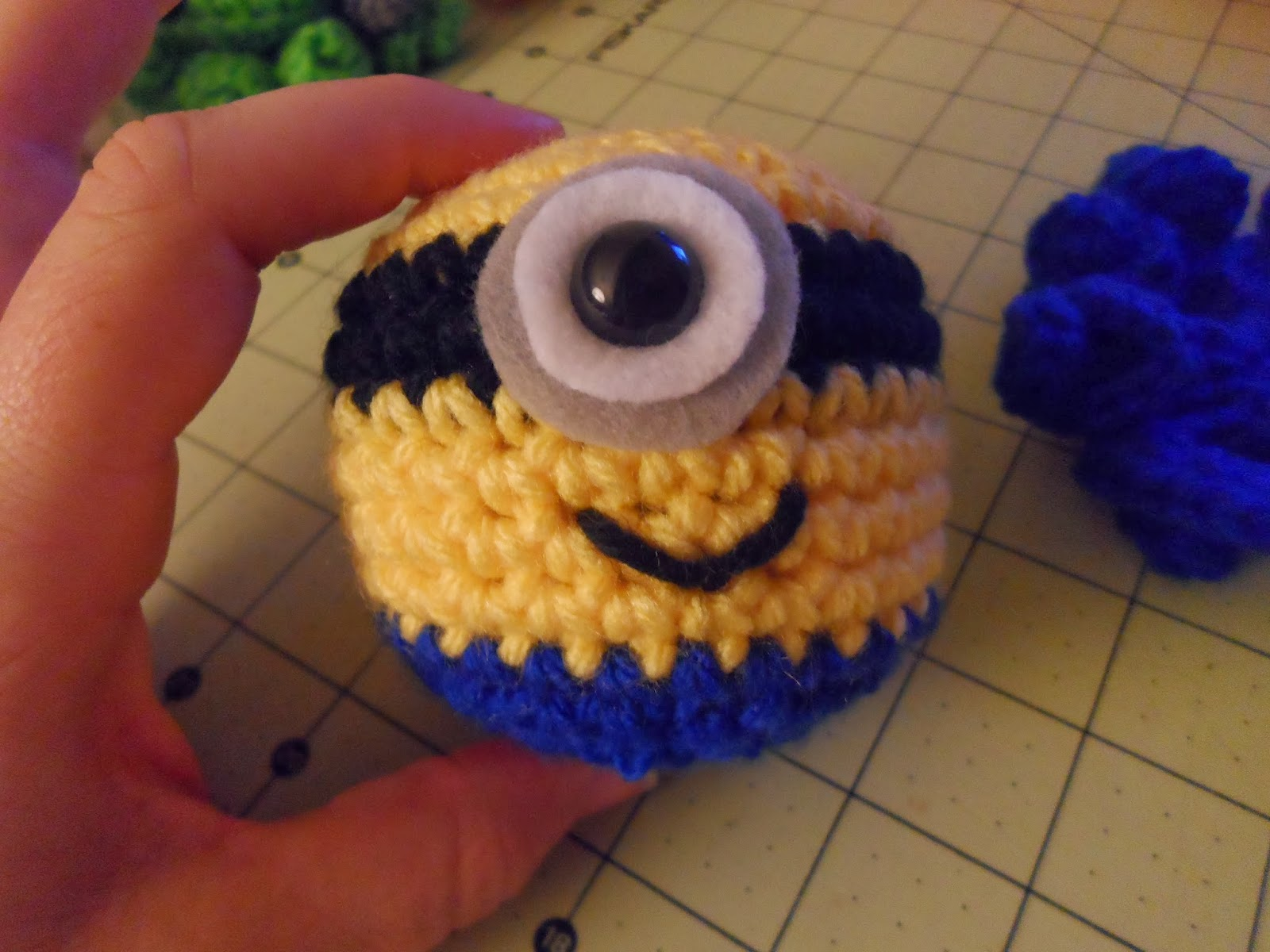 Kristens crochet octo minion minion body bankloansurffo Images
