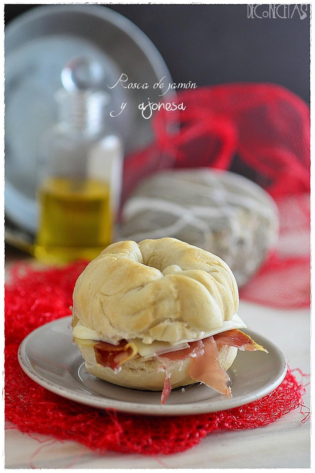 Rosca de jamón y ajonesa