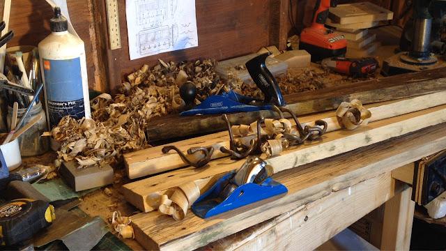Prep Pallet wood planing sanding