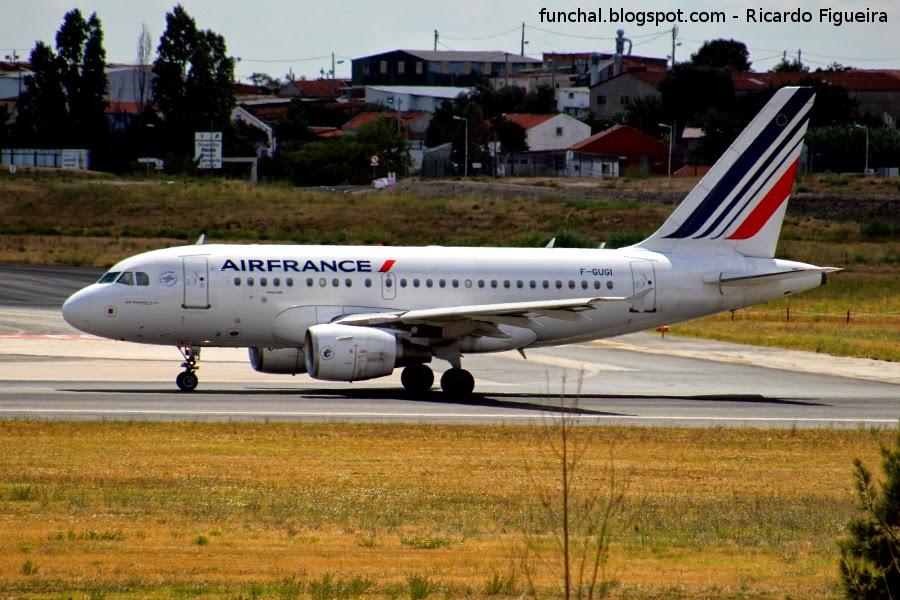 AIR FRANCE A318 F-GUGI
