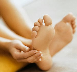 Tips menghilangkan bau kaki