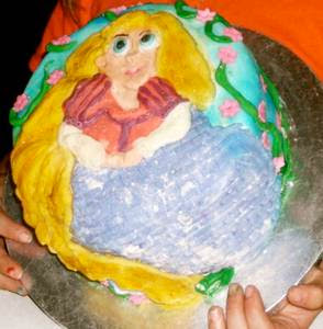 Tangled Birthday Cake Images