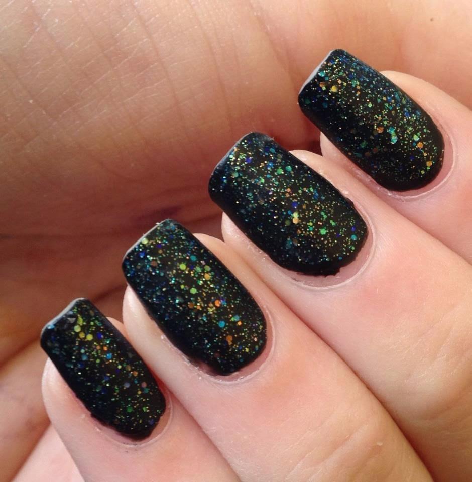 By My Fingertips: Matte Iridescent Glitter Nails
