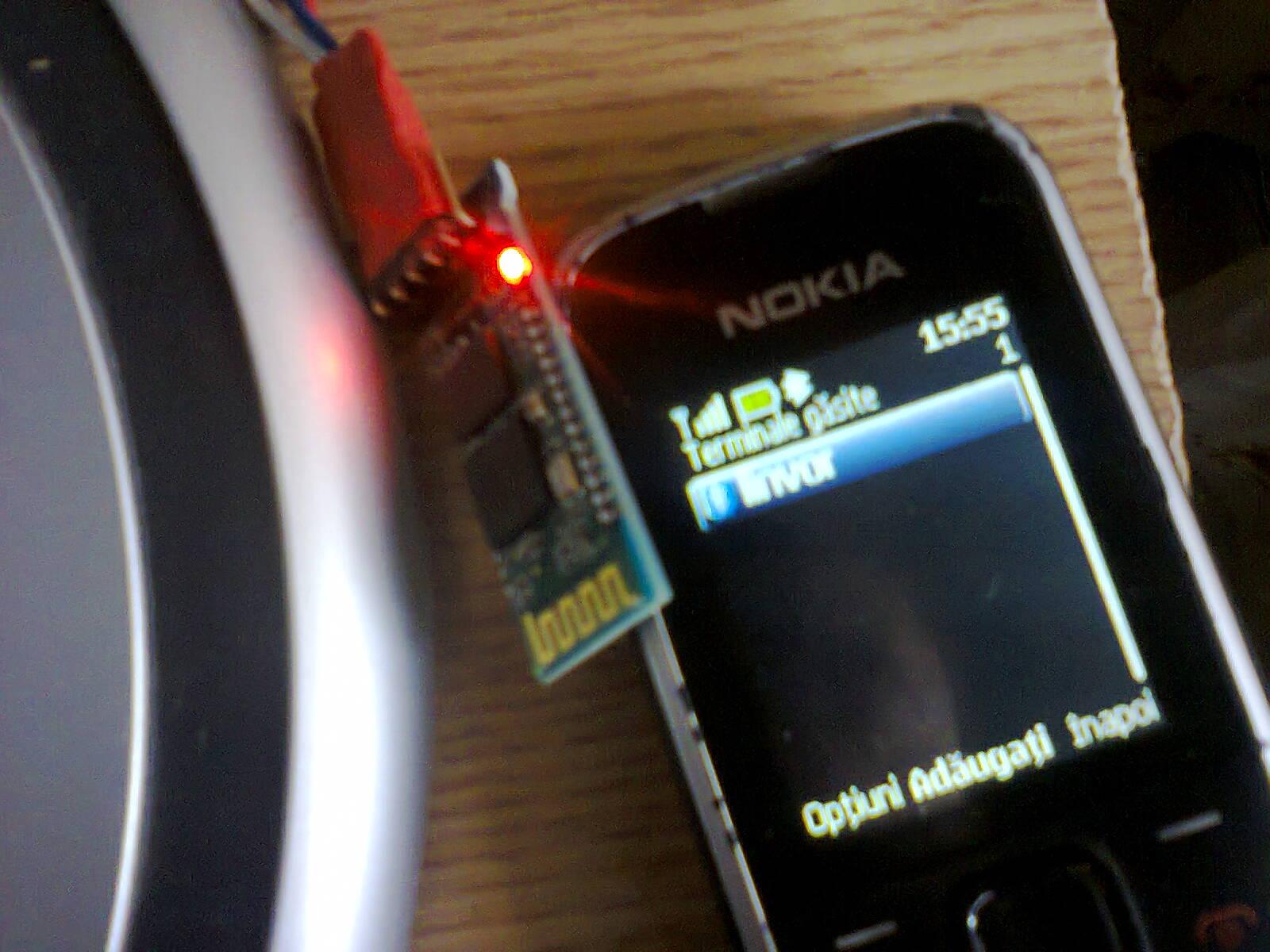 Nicu Florica Niq Ro Aprilie 2013 Circuit Pic16f628 Rf Remote Buton 433mhz Button Primul Test A Fost Acela In Care Am Alimentat Modului Cautandu L Cu Un Telefon Led Ul Rosu De Pe Modul Se Aprinde Intermitenta Cand Modulul Hc 06 Nu