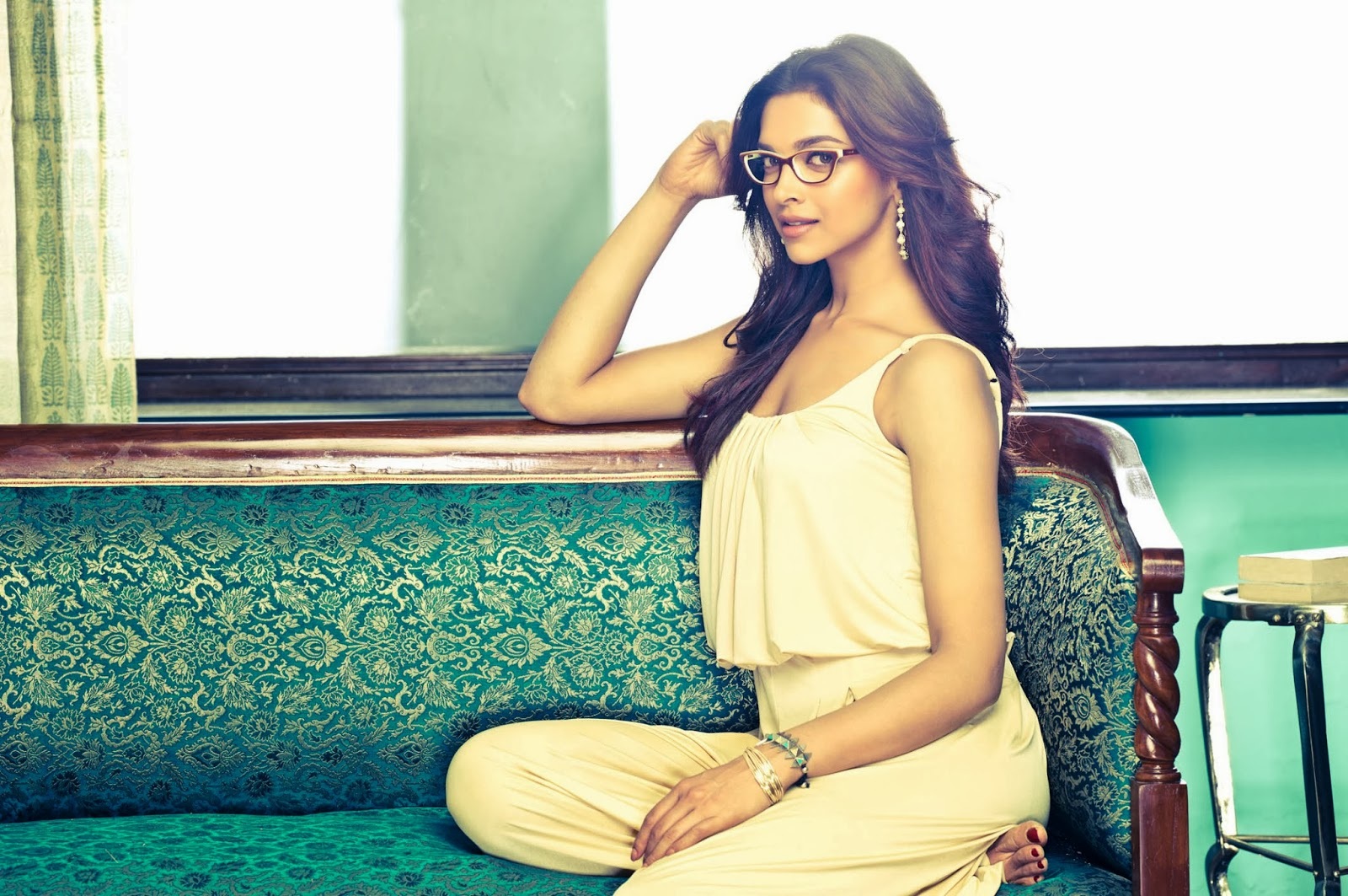 Deepika Padukone's birthday wallpaper