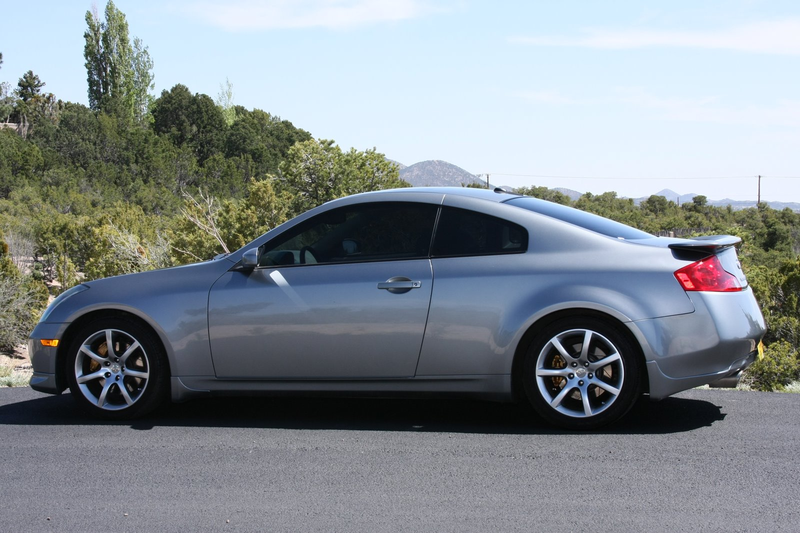 2004 infiniti g35 sport coupe 6 speed brembos. Black Bedroom Furniture Sets. Home Design Ideas