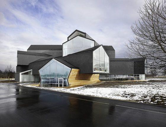 Amazing House by Herzog & de Meuron | 100knot