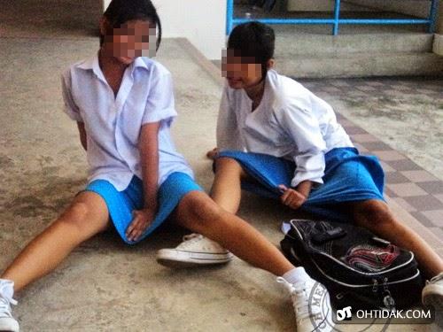 (Gambar) Budak sekolah menengah ghairah seksi melampau