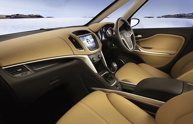 Opel Zafira Tourer Concept Interior