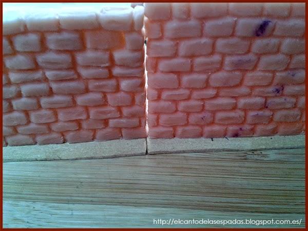 El Canto de las espadas: Escenografía: Muro de piedra Alto - Scenery: High Stone Wall