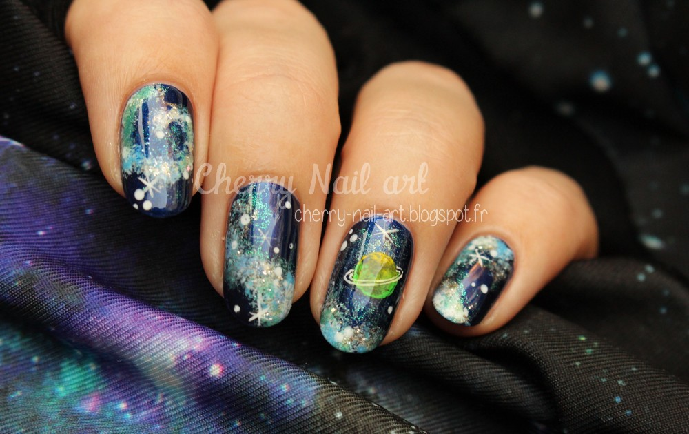 nail art galaxie planete