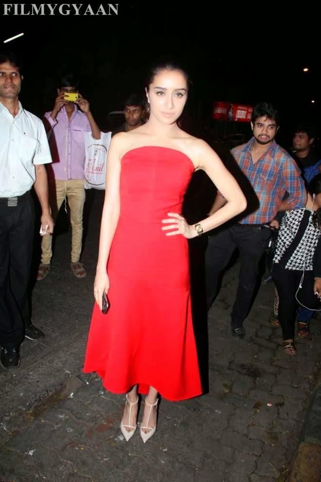 Shraddha Kapoor Latest Off Shoulder Red Prom Dresses Photo